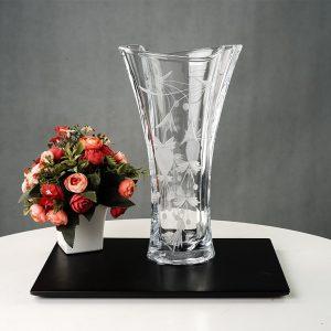 Lọ hoa Simle 305 khắc trắng - C716B