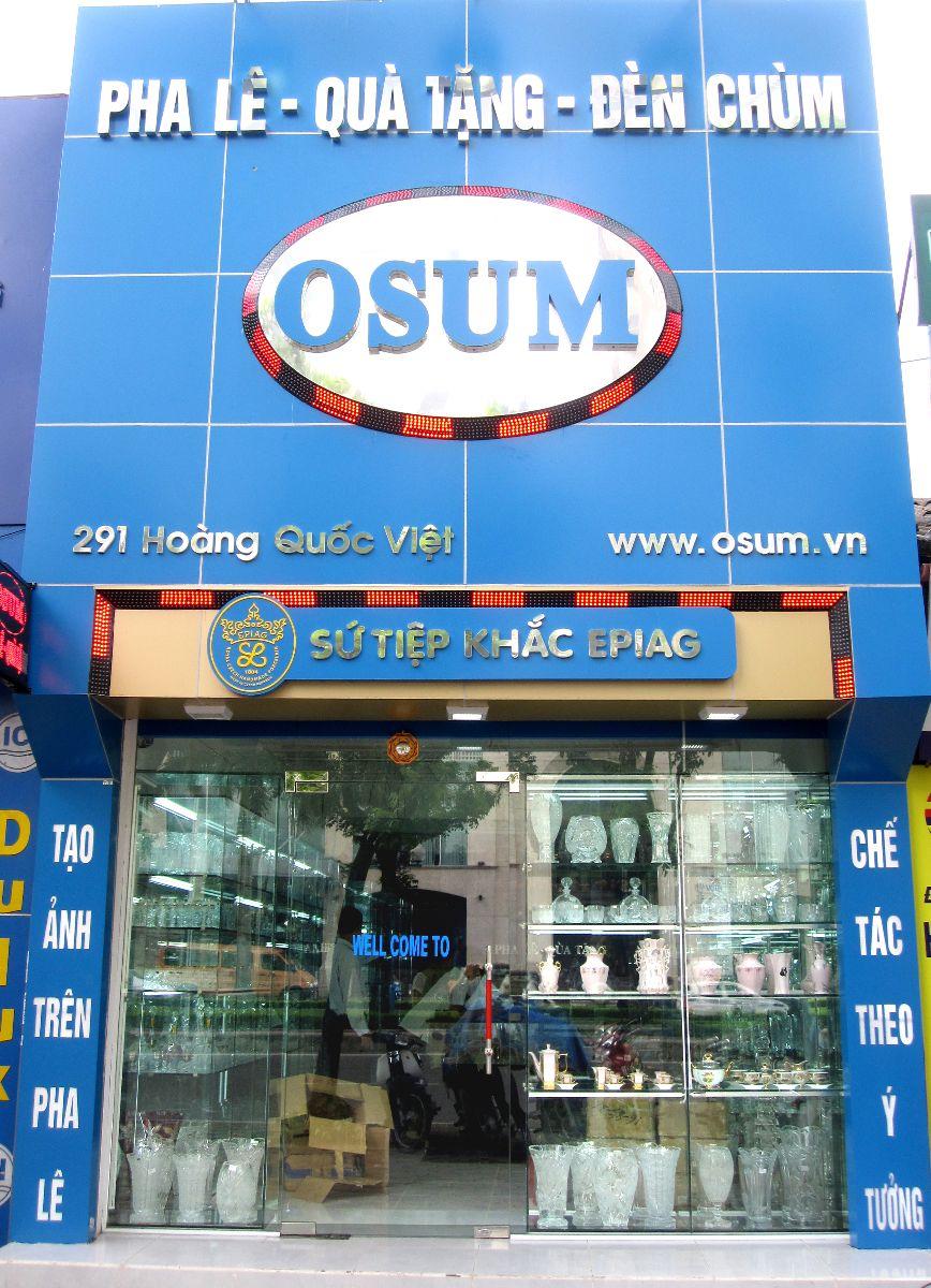 Cửa hàng Pha lê Osum tại Hoàng Quốc Việt